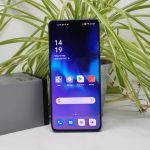 OPPO find X3 Pro display