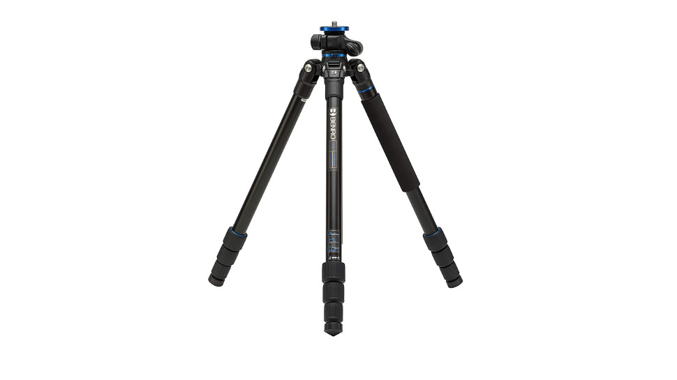 Portable tripod for travelling