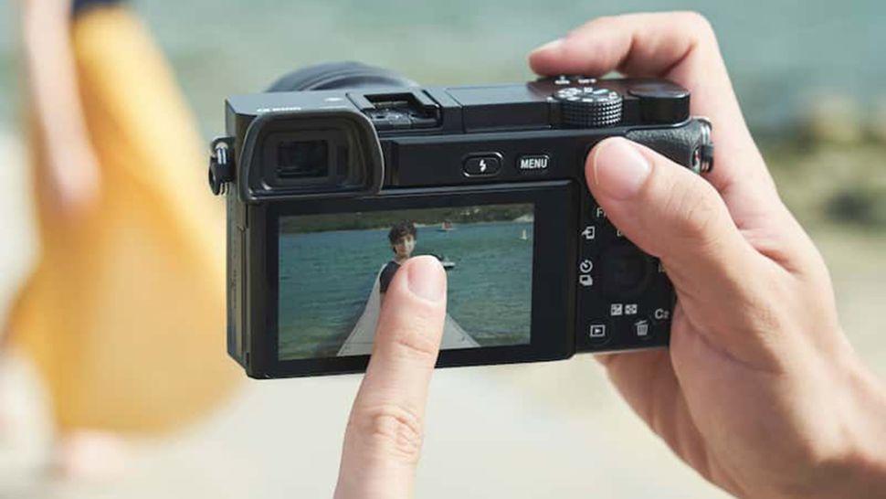 Advanatage of mirrorless Camera